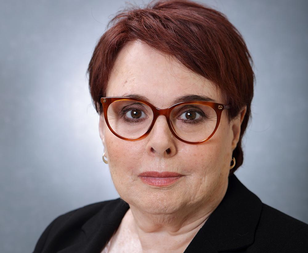 Dr. Binah Baum